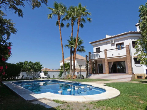 Alhaurin El Grande villa to rent from €2,000 per month
