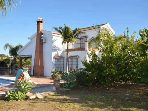 Alhaurin El Grande villa with pool to rent from €1,500 per month